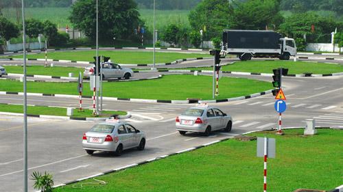 Hình 2 khóa học lái xe ô tô tại Đồng Nai