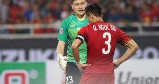 2 cầu thủ xóa tan tin đồn cãi nhau trên sân cỏ