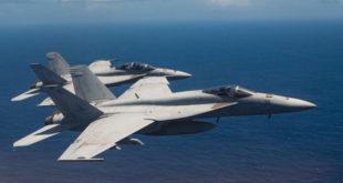 2 máy bay quân sự Mỹ rơi ngoài khơi