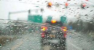 Những lỗi hay mắc phải khi lái xe trong mùa mưa