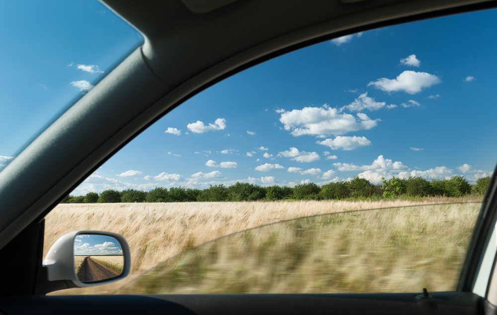 Mẹo chống buồn ngủ khi lái xe đường dài