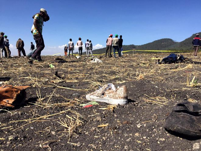 Máy bay rơi chở 157 người ở Ethiopia