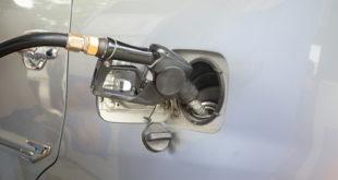 5 lưu ý dành cho tài xế khi tiếp nhiên liệu