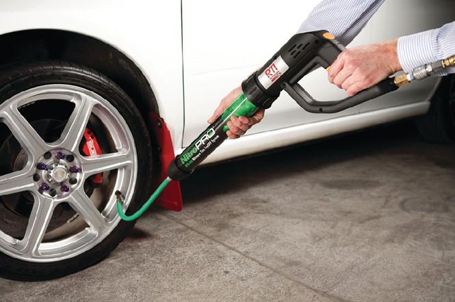 Có bên bơm lốp bằng khí nito thay cho khí thường