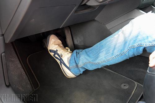Lưu ý khi chọn sử dụng thảm lót sàn ô tô