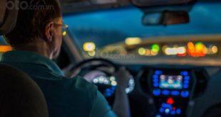 Những điều nên và không nên làm khi lái xe buổi tối
