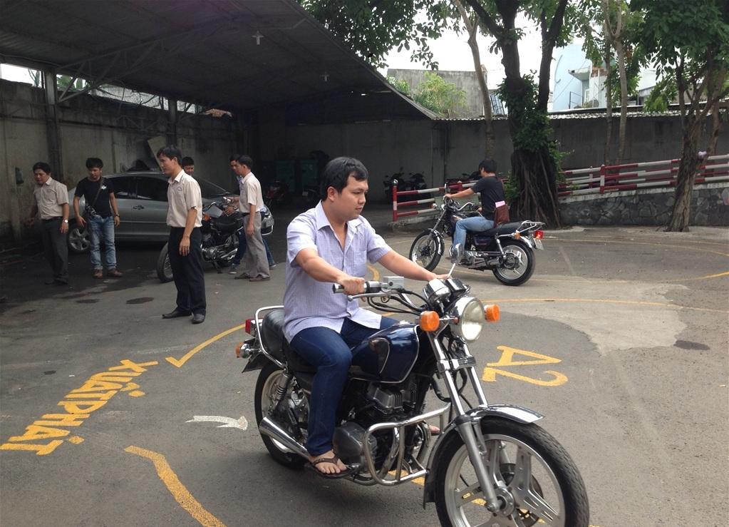 đào tạo học thi bằng lái xe môtô hạng a2