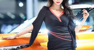 Mỹ nhân khoe sắc tại triển lãm ô tô Quảng Châu