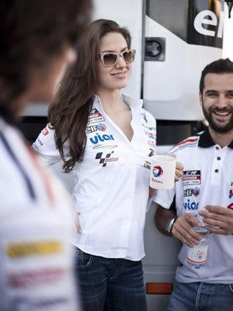 Người đẹp đường đua MotoGP Tây Ban Nha