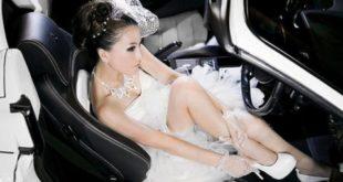 Cô dâu kiêu sa bên mui trần Ferrari
